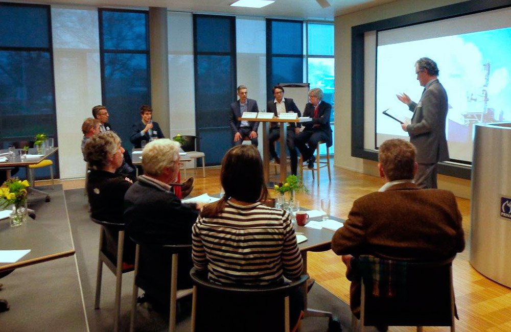 On 21 January 2016 a seminar was held at Priva in De Lier with the title 'Geothermal energy, how difficult can this be?!'
