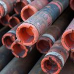 drill pipes voor geothermie boortoren