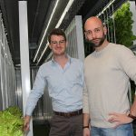 In Deventer is een pilotproject met het kleinschalige Amerikaanse concept, een volledig voor vertical farming ingerichte container.