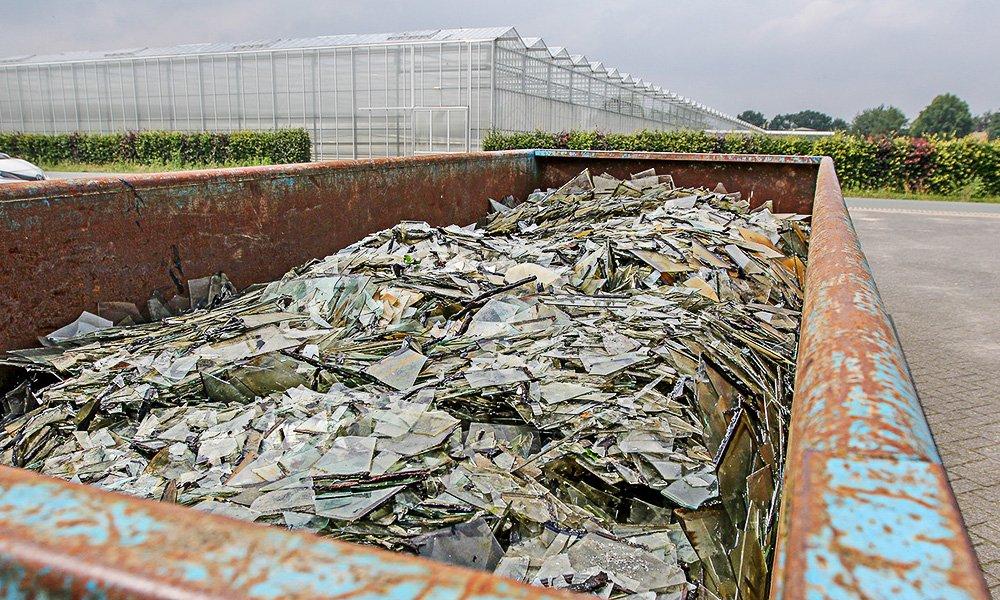 Een dik half jaar na dato zijn bijna alle door hagelschade getroffen ondernemingen in Someren en omgeving hersteld en weer in bedrijf.