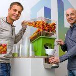 Sinds 2013 heeft marketing een grotere rol gekregen binnen telersvereniging Harvest House. Innoveren gebeurt hier altijd in nauwe samenwerking met de telers. De tomatendispenser (foto) is een voorbeeld van een nieuw concept.