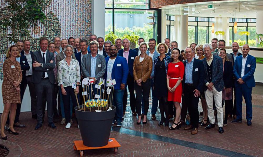 Een twintigtal bedrijven, kennisinstellingen, brancheverenigingen en gemeente Westland gaan zich inspannen om tot een Westland Talent Academy (WTA) te komen.