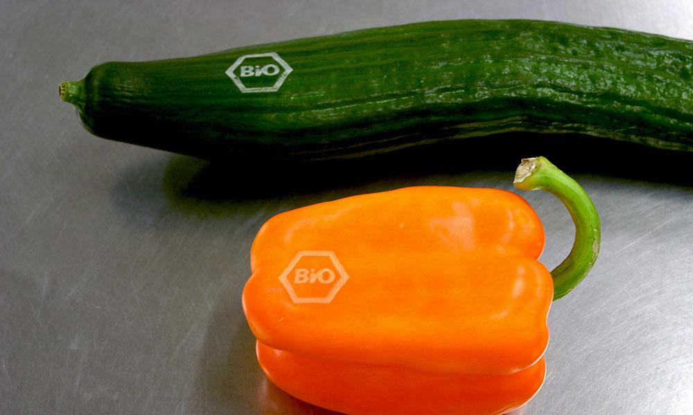 Komkommer en paprika met natural branding
