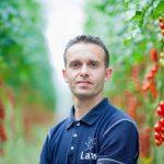 Tomatenteler Lans uit Maasland kon als eerste teler een nieuwe waterzuiveringsinstallatie uitproberen.