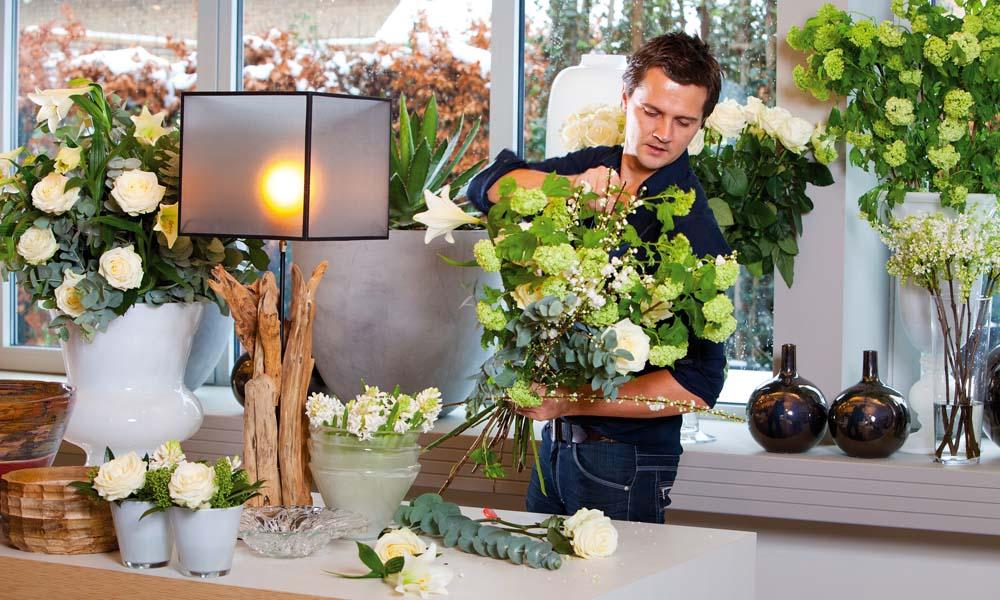 Het aantal geurende snijbloemen is sterk afgenomen. Onderzoek toont aan dat er geen verband is tussen geur en houdbaarheid bij verschillende rozen.
