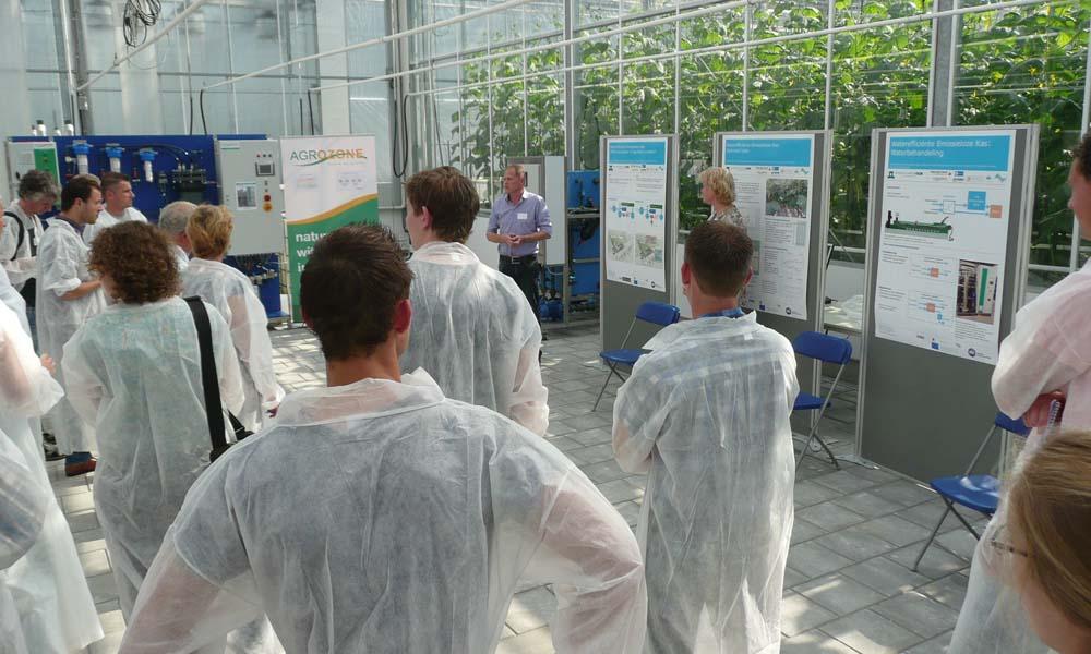 We werken samen met LTO Glaskracht Nederland en andere partners aan vraagstukken rond duurzaam gebruik van water en nutriënten in de glastuinbouw.