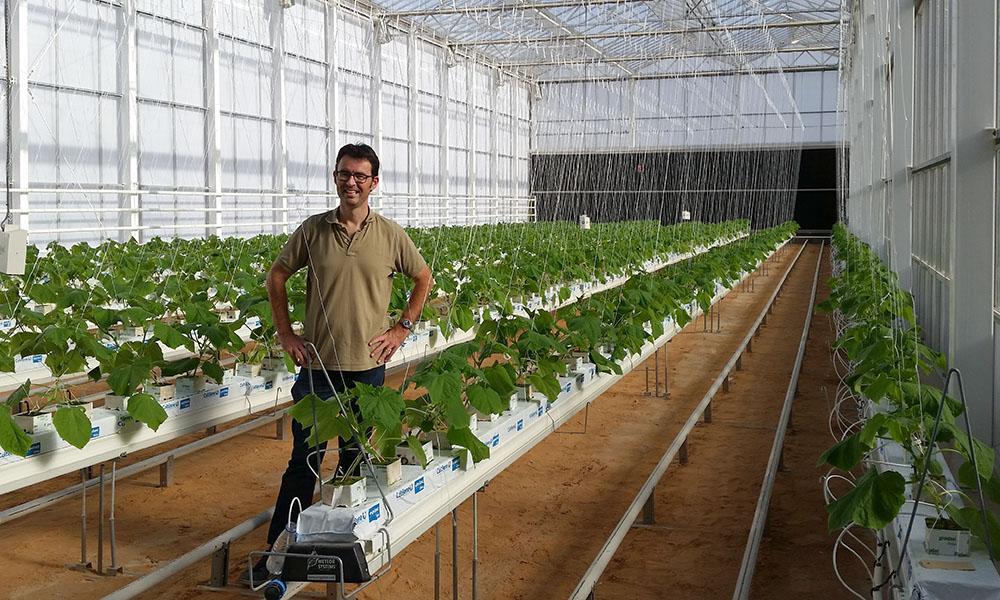 Waterbesparing is vanzelfsprekend het voornaamste onderzoeksthema voor de onderzoekscentra in de Emiraten en Saudi-Arabië.