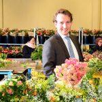 Vanuit de beginjaren van Jumbo Supermarkten zijn bloemen en planten een belangrijk onderdeel van het assortiment.