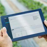 Procescomputer bedienen met smartphone, tablet of laptop