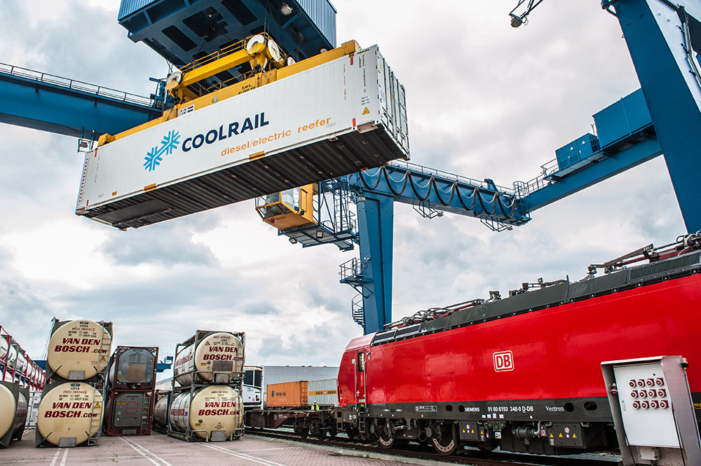 Nieuwe treinverbinding voor versproducten tussen Valencia en Rotterdam gestart